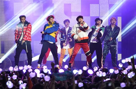 bts dna live bts hits up jimmy kimmel live ahead of amas performance