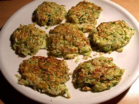 recette de cuisine avec des courgettes les galettes de courgette une recette di 233 t 233 tique