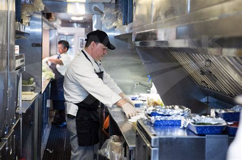 Amtrak Background Check Chef Preparing Lunch On The Silver Meteor 2015 Amtrak History Of America S