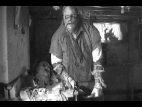 the toyman killer true story leatherface of him changing his dead skin mask