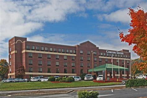 Comfort Suites Biltmore Asheville 890 Brevard Rd