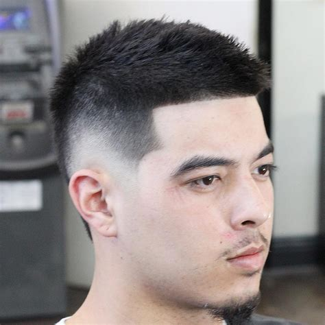 low fade round face round fade haircut haircuts models ideas