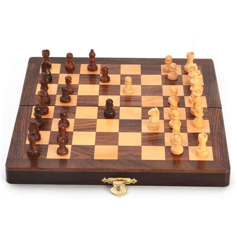 Buy Wooden Handcrafted Chess Board Online   Boontoon.com