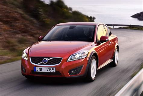 Volvo C30 2011 by Pricing Announced For 2011 Volvo C30 T5 And C30 T5 R Design