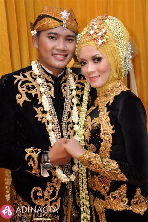 pengantin ada jawa modern meski berhijab dan tanpa paes 8 inspirasi pengantin jawa