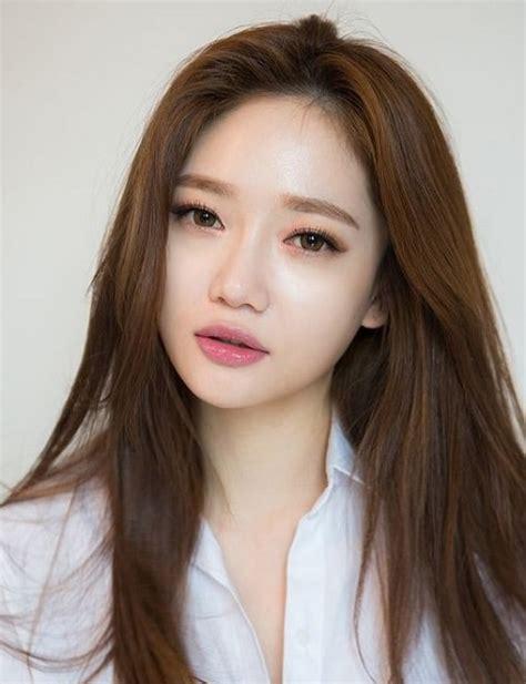 7 Model Rambut Yang Membuat Wajah Terlihat Muda by 7 Model Rambut Wanita Korea Yang Membuat Anda Terlihat Manis