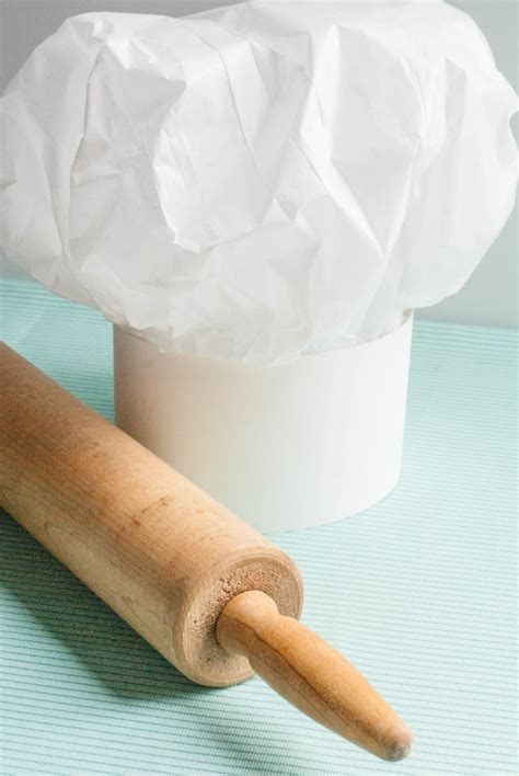 How To Make Tissue Paper Hats - ruff draft how to make a tissue paper chef hat anders