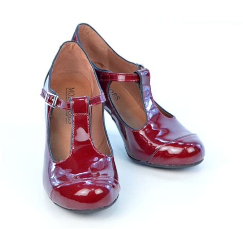 t shoes the dusty in wine burgundy patent retro t