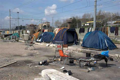 casa dei diritti sociali roma ostiense smantellata la tendopoli focus casa dei