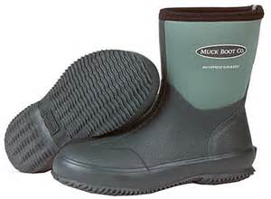 landscaping boots muck boot scrub lawn and garden boot womens gardening