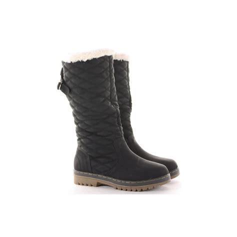 Black Quilted Boots by Black Quilted Snow Boots From Parisia