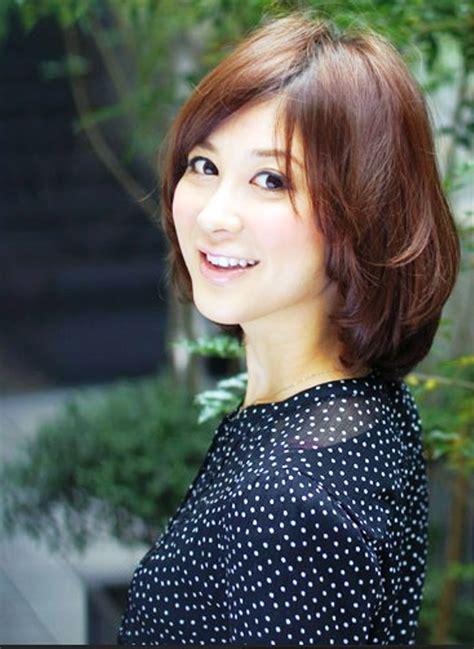short haircut for mature women hairstyles ideas short