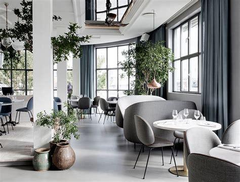 Sivi 4in1 By Z Shop verjamete da je to interier indijske restavracije