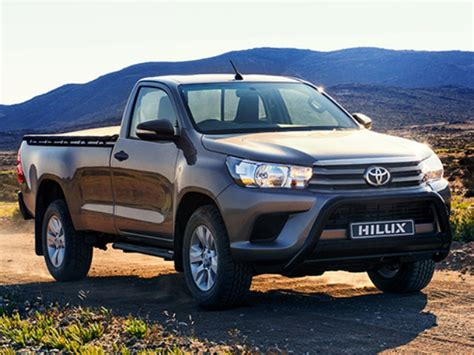 Best Deals On Toyota Hilux Toyota Hilux 2 0 Bakkie 187 Cars On Special In South Africa
