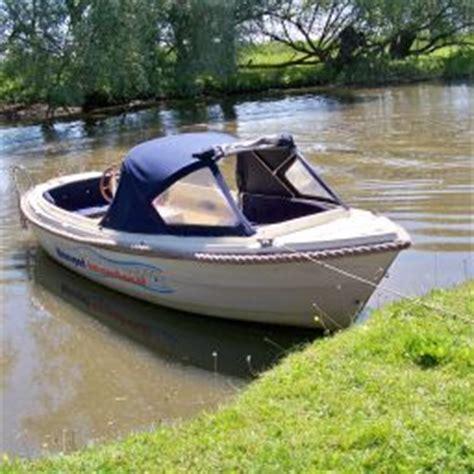 vaarbewijs fluisterboot varen en zwemmen in de biesbosch mamyloe