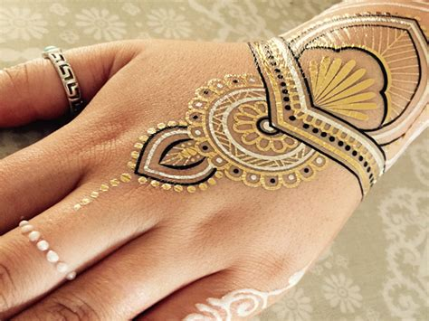 henna tattoo metallic metallic henna tattoo festival fashion essential