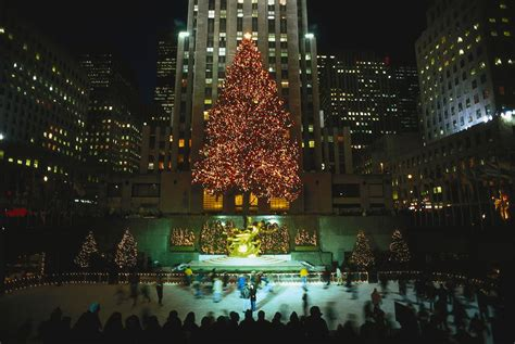 big christmas tree in new york city in nyc don t miss events 2017