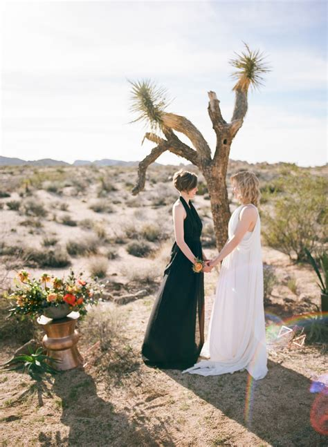 Wedding Ceremony Joshua Tree by Joshua Tree Elopement Photographer California Outdoor