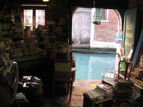 libreria acqua alta venice 20 most magnificent places to read books