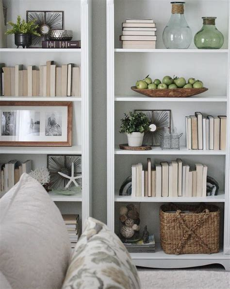 bookshelf decorating 17 best ideas about arranging bookshelves on