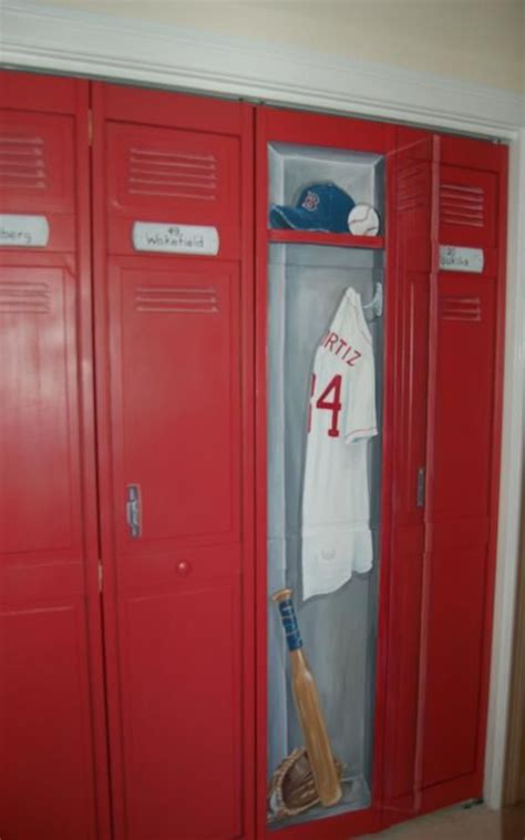 Lockers For Bedrooms by Lockers On Closet Doors Provided By Macmurray Designs