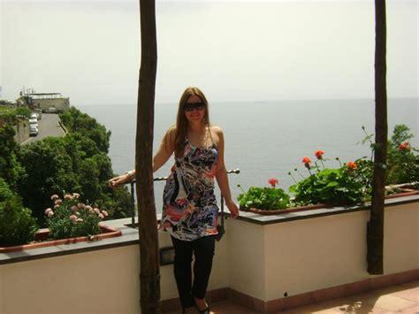 en la terraza del hotel la pergola picture of la pergola