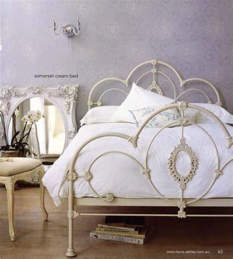 Iron Bed Frames Uk Best 25 White Iron Beds Ideas On White Metal Bed Iron Bed Frames And Metal Beds
