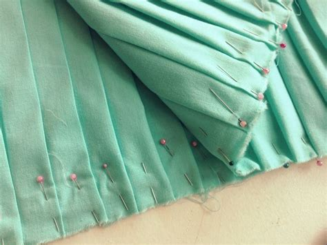 diy knife pleated skirt sewing projects