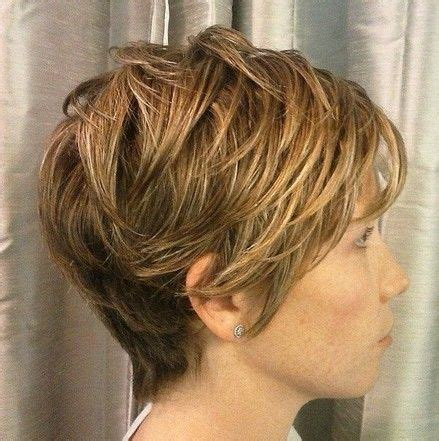 ladies short haircut to make hair look thicker short layered hairstyles layered hairstyles and short