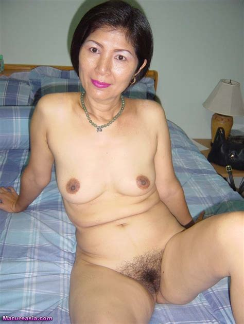 Wan Is A Sweet And Sexy Over Mature Asian