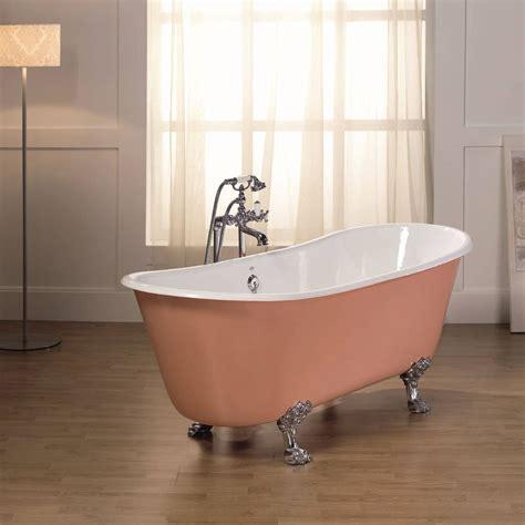 photo de baignoire baignoire ancienne romarin de bleu provence