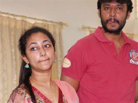 not again split between darshan wife vijayalakshmi big controversy 3 reasons for split between darshan