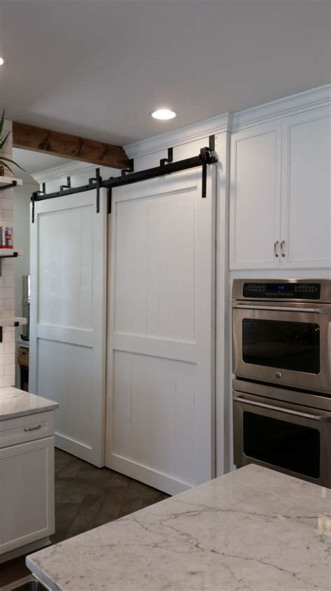 Barn Door In Kitchen 17 Best Ideas About Bypass Barn Door Hardware On Closet Door Hardware Hanging Door