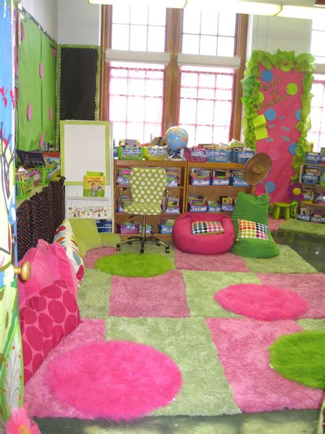cute themes for elementary classrooms cute classroom inspiration lisa schender from bayside
