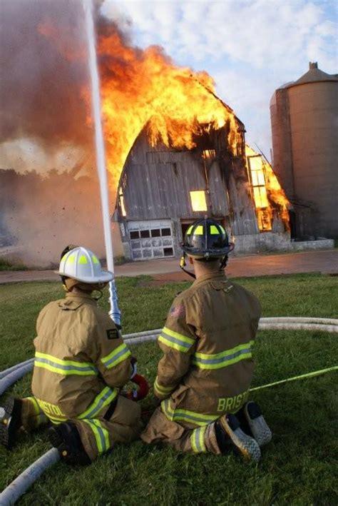 theme essay for barn burning barn burning theme fresh essays chkoscierska pl