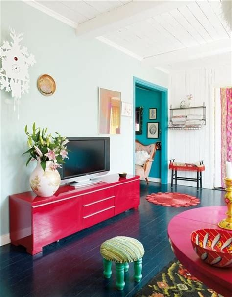 Bright Colors For Living Room Walls by 17 Best Ideas About Bright Colors On Happy