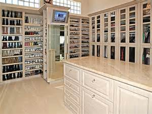 Closets Home Depot by Pretty Closet Home Depot On Closet Organizer Home Depot