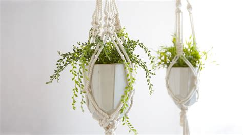How Do You Make A Macrame Plant Hanger - make a classic macram 233 plant hanger by emily katz