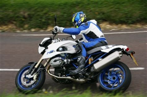 Motorcycle Info Pages   Reviews > HP2 Megamoto   Mossy