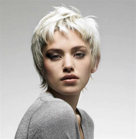 haircuts gray hair 16 gray short hairstyles and haircuts for women 2017