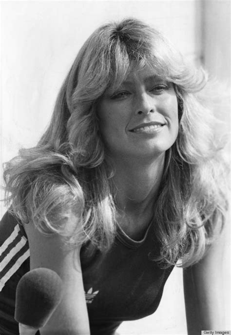 farrah fawcett haircut farrah fawcett s famous flip hairstyle over the years