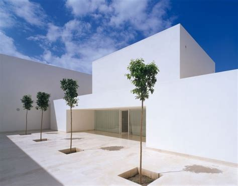 minimalist architects famous minimalist architects alberto co baeza