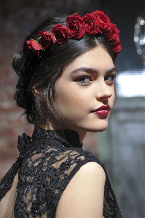 spain hair styles acconciature con fiori le idee pi 249 belle