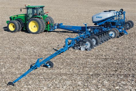Kinze Planter by Kinze Manufacturing 4900 Front Fold Planter Robohub