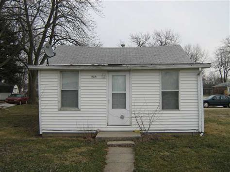 houses for sale greenfield indiana prop 515 apple st greenfield indiana 46140 foreclosed home information foreclosure
