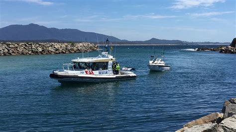 real rescue search and rescue exercise at bermagui locates three in a tinnie bay post moruya