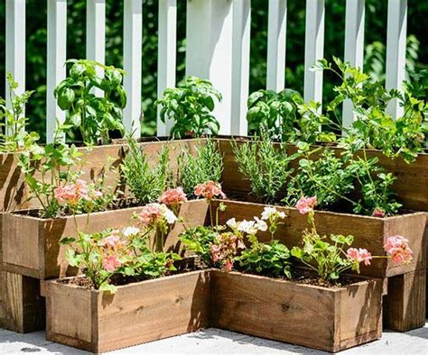 How To Make A Herb Planter by Diy Herb Gardens For Every Space
