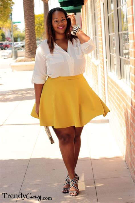 At571 Fashion 975 1 trendy curvy plus size fashion style voluptuous casual skirts