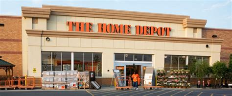 officer breaking news knife wielding home depot