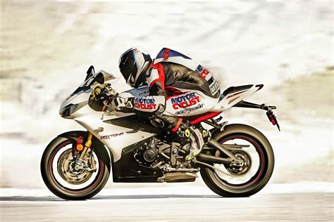 yilin en iyi spor motosikleti motosiklet hakkinda hersey